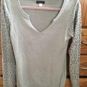 Venus brand grey v neck sweater l